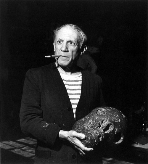 tamburina-pablo-picasso-in-his-studio-by-robert